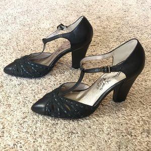 Seychelles Retro Mary Jane T-Strap Heels